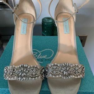 Stunning Betsey Johnson Heels